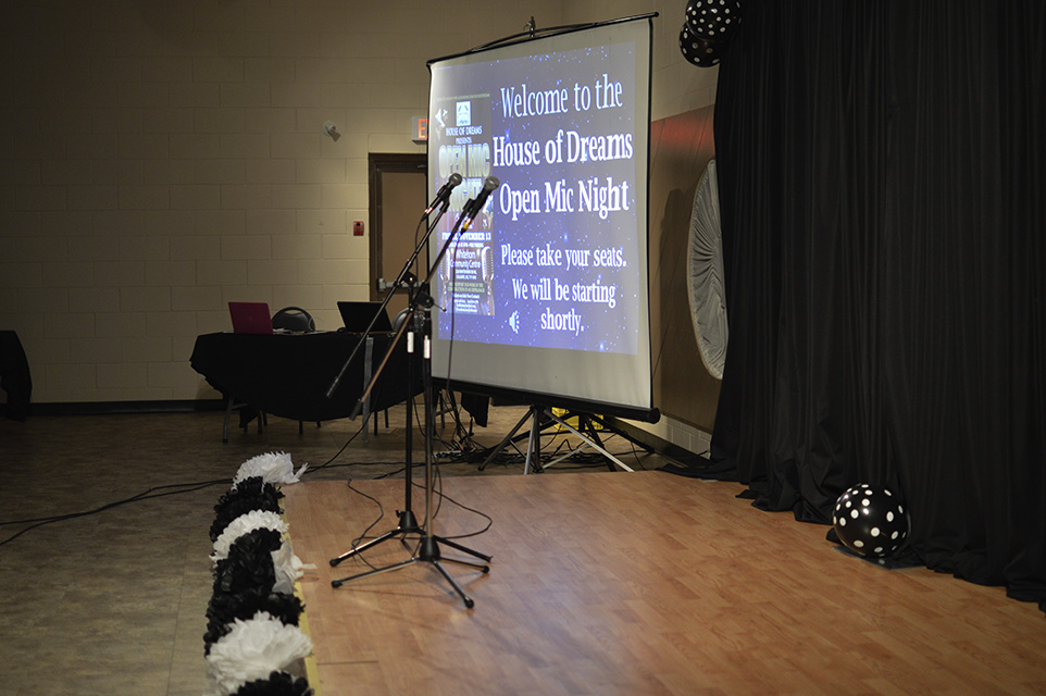 Break A Leg: The stage set up for performers at the House of Dreams Open Mic event on Nov. 13, 2015 at the Whitehorn Community Association (Photo by Zienab Hamdan/The Press)
