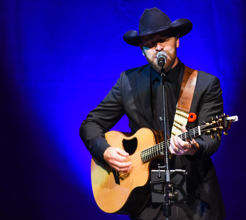 Uplifting: George Canyon performs Amazing Grace (My Chains are Gone). (Photo by Shaleen Ladha/The Press)